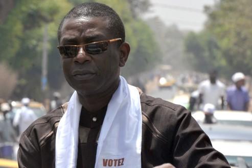 Youssou Ndour gagne dans son bureau de vote