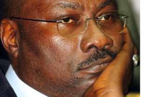 Coup de théâtre : Mamour Cissé renonce à succéder à Ousmane Ngom à l'Assemblée nationale