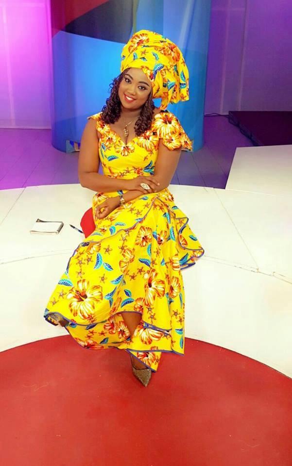 Aïcha Diouf de la 2stv, toute sublime dans son joli wax