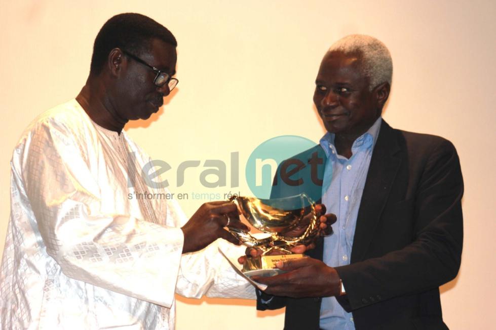 Revivez en images la remise des trophées aux lauréats de la Calebasse de l'excellence de l'Année