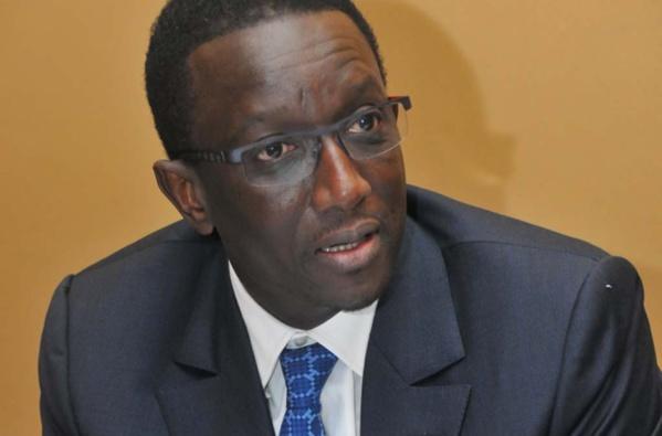 Arrêté fixant les niveaux maxima de rémunérations pour les agences... : Amadou Bâ fait machine arrière