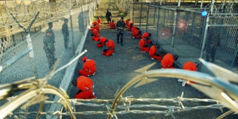 Prisonniers à Guantanamo