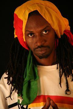 Reconnaissance - Gunman Xuman dans le classement des 10 artistes africains les plus engagés du Journal Paris Match