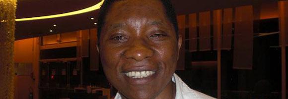 Remy Ngono, chroniqueur sportif à RFI : «32 milliards pour une arène, alors que Léopold Senghor est un champ de patates…»