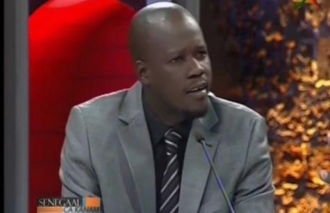 """Massaly prend la défense du ministre de l'Intérieur et égratigne le dernier Dircab de Me Wade: """"Habib Sy n'a aucune leçon de morale à donner à qui que ce soit..."""""""