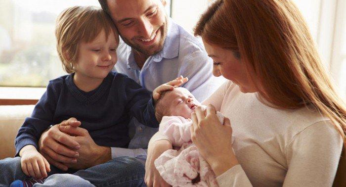 À votre avis, lequel de leurs enfants les parents préfèrent ? Voici l'étude qui va vous surprendre !