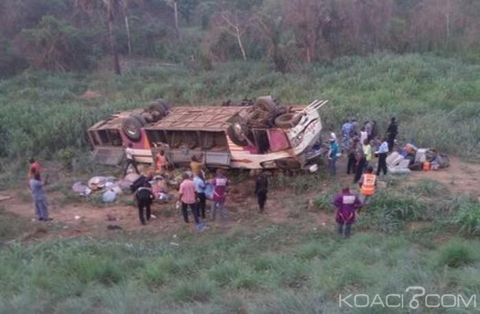 Côte d'Ivoire : Au moins 10 morts dans l'accident d'un car sur l'autoroute du nord