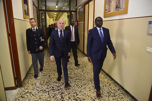 Italie -Terrorisme : Le ministre Oumar Youm rassure les investisseurs et touristes italiens