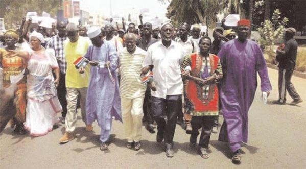 Vendredi de tous les dangers pour Jammeh : L'opposition dans les rues pour réclamer la libération des manifestants arrêtés, apparemment tués