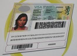 Escroquerie au voyage - Le Camerounais s'enfuit avec 6,5 millions et écope d'une année ferme