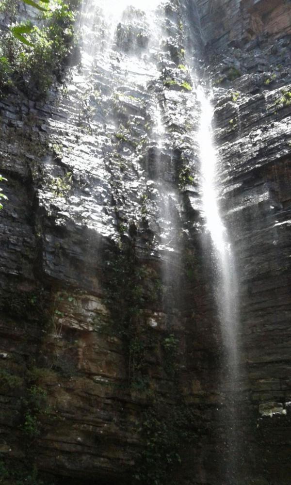 [No comment] Cette photo prise aux chutes de Dendifelo va vous surprendre