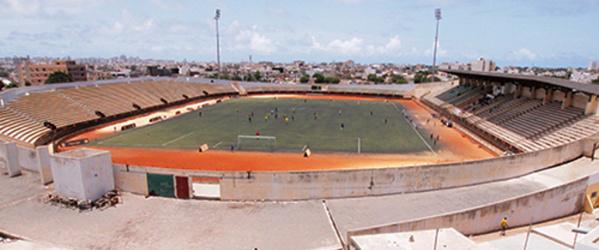 Incroyable: Regardez le stade Léopold Sédar Senghor devenu très sale, manque d'entretien