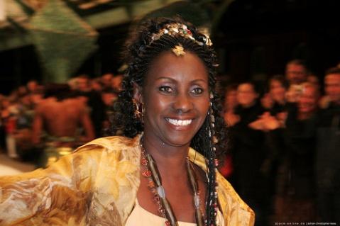 Semaine internationale de la mode de Dakar : Oumou Sy accompagne le Pse à travers l'héritage culturel africain