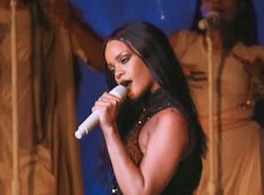 Vidéo : Rihanna : rien ne l'arrête, elle sort encore un nouveau tube !