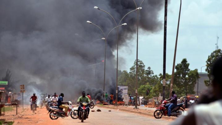Burkina Faso: annulation des mandats d'arrêt contre Soro et Compaoré