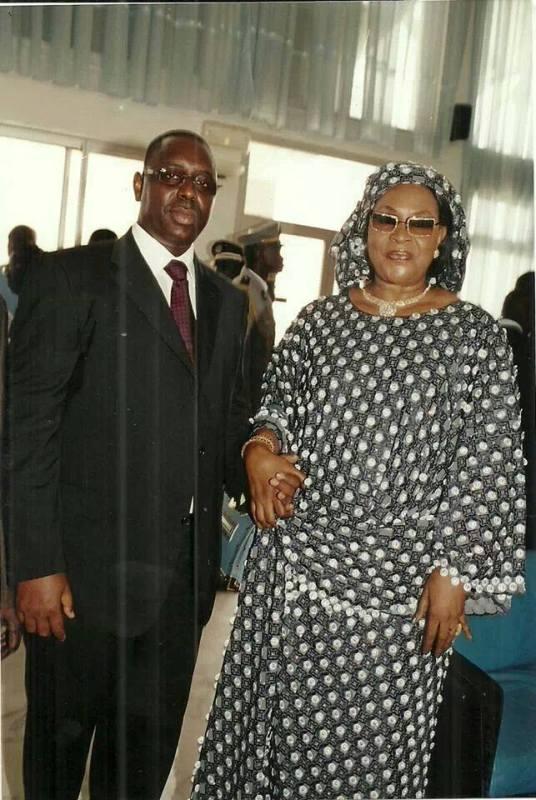 Amorce d'un dialogue politique : Poignée de mains entre Macky Sall et Aïda Ndiongue