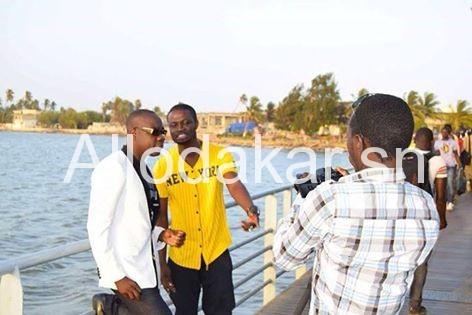 En pleine tournage, le rappeur Fata et Abdou Guité Seck préparent une surprise