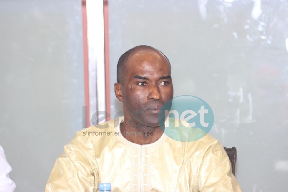 Voici Oumar Demba Bâ, le diplomate qui a sorti un livre sur Baba Maal