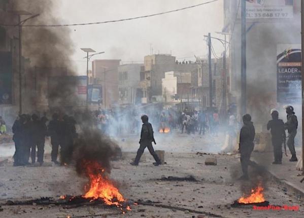 Litige foncier à Ouakam : les jeunes reprennent les manifestations