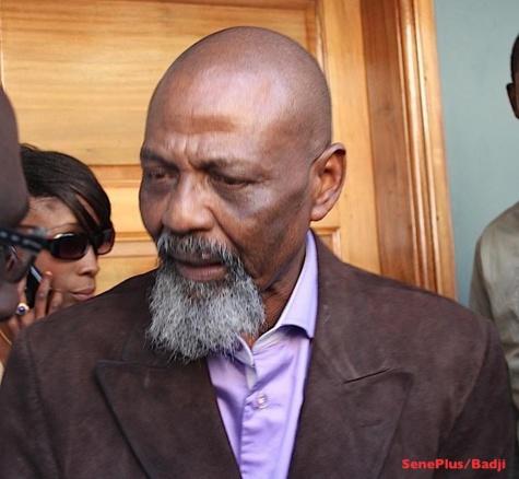 Pape Samba Mboup très en colère contre les autorités