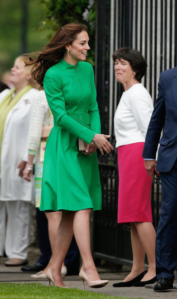 Photos - Kate de Cambridge : une fleur parmi les fleurs pour applaudir Charlotte !