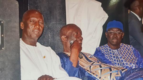 """Le Ministre-conseiller Cheikh Mbacké Sakho lance le mouvement «Macky Moo Gnou Gnor/Horizon 2019» - : """"Devant moi, le Président Macky Sall a pris un exemplaire du saint Coran pour jurer..."""""""