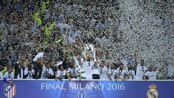 Le Santiago Bernabéu a profité de la fête avec les champions d'Europe : Le public a rempli le stade pour vivre avec les joueurs la célébration de la Undecima.