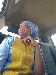 Aby Ndour très chic en mode tenue traditionnelle