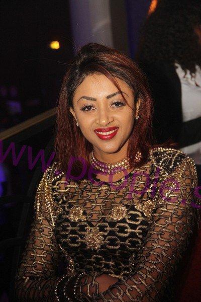 Sokhna Aïdara toute ravissante à la soirée « rakhass » de Waly Ballago Seck