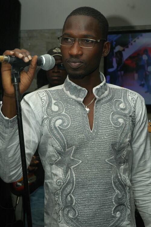 Photo exclusive : Demba Guissé, le mécanicien devenu chanteur