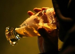 Aveu extraordinaire : « Je bois de l'alcool pendant le Ramadan, mais je regrette »