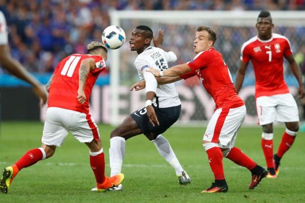 Euro 2016 : La France première de son groupe après son match nul contre la Suisse (0-0)