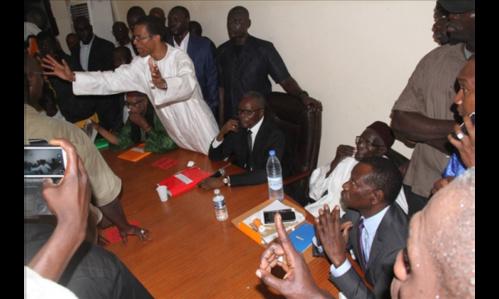 Contre les attaques de Barthélemy Dias, Ousmane Tanor Dieng vante la protection des Pangols de Nguéniène