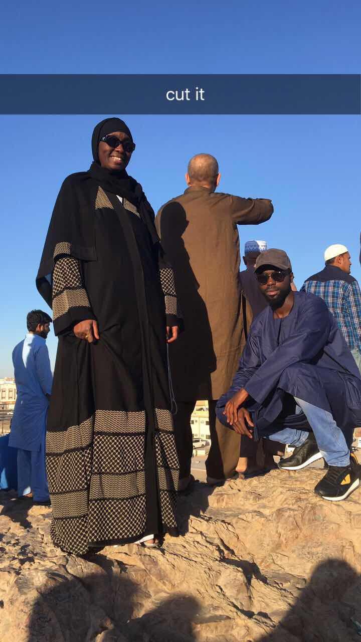 Voici Ndeye Penda Tall à la Mecque...