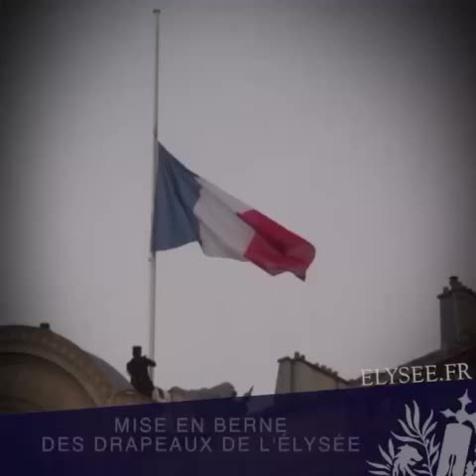 Attaque à Nice :  Hollande décrète trois jours de deuil national