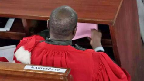 Election des membres du Conseil supérieur de la magistrature : Un des candidats crie au vol