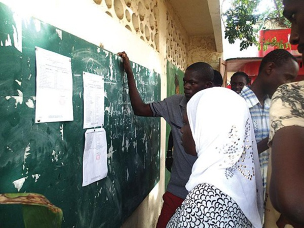 """Mamadou Kandji, ancien doyen de la Fac de Lettres, sur les résultats catastrophiques du Bac : """"Il fallait s'y attendre avec toutes ces grèves"""""""