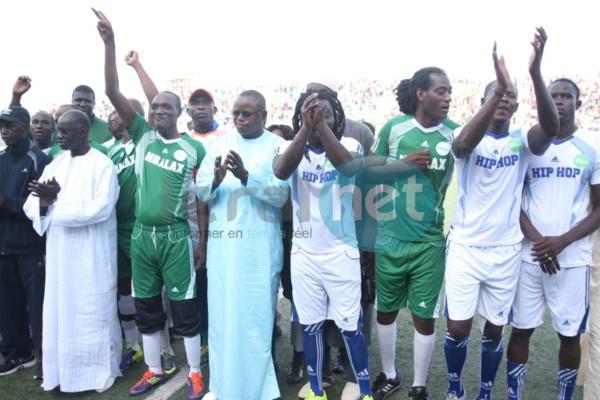 Vidéo- Birane, fils de Youssou Ndour ouvre le score pour les Mbalakhman ! Rappeur 0-1 Mbalackman