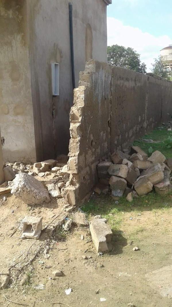 Kaolack: Le nouveau mur du lycée Valdiodio Ndiaye démoli par les riverains