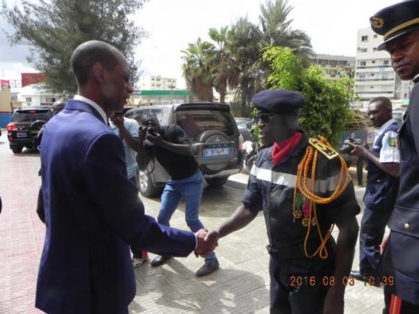 Brigade des sapeurs pompiers: le nouveau commandant Victor Tine installé