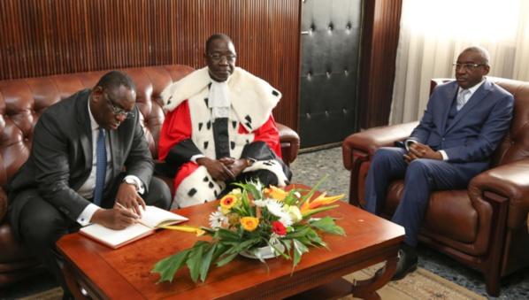 """La mise au point de Sidiki Kaba : """"Mamadou Badio Camara n'est point assujetti à l'obligation de déclaration de patrimoine"""""""