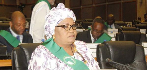 Victime d'une agression en Afrique du Sud, Aïda Sow Diawara attendue à Dakar ce soir