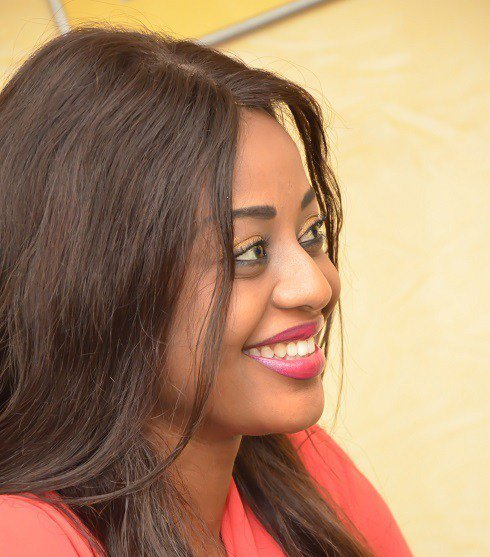 (04 Photos) Penda Ly, ancienne Miss Sénégal, toujours aussi rayonnante