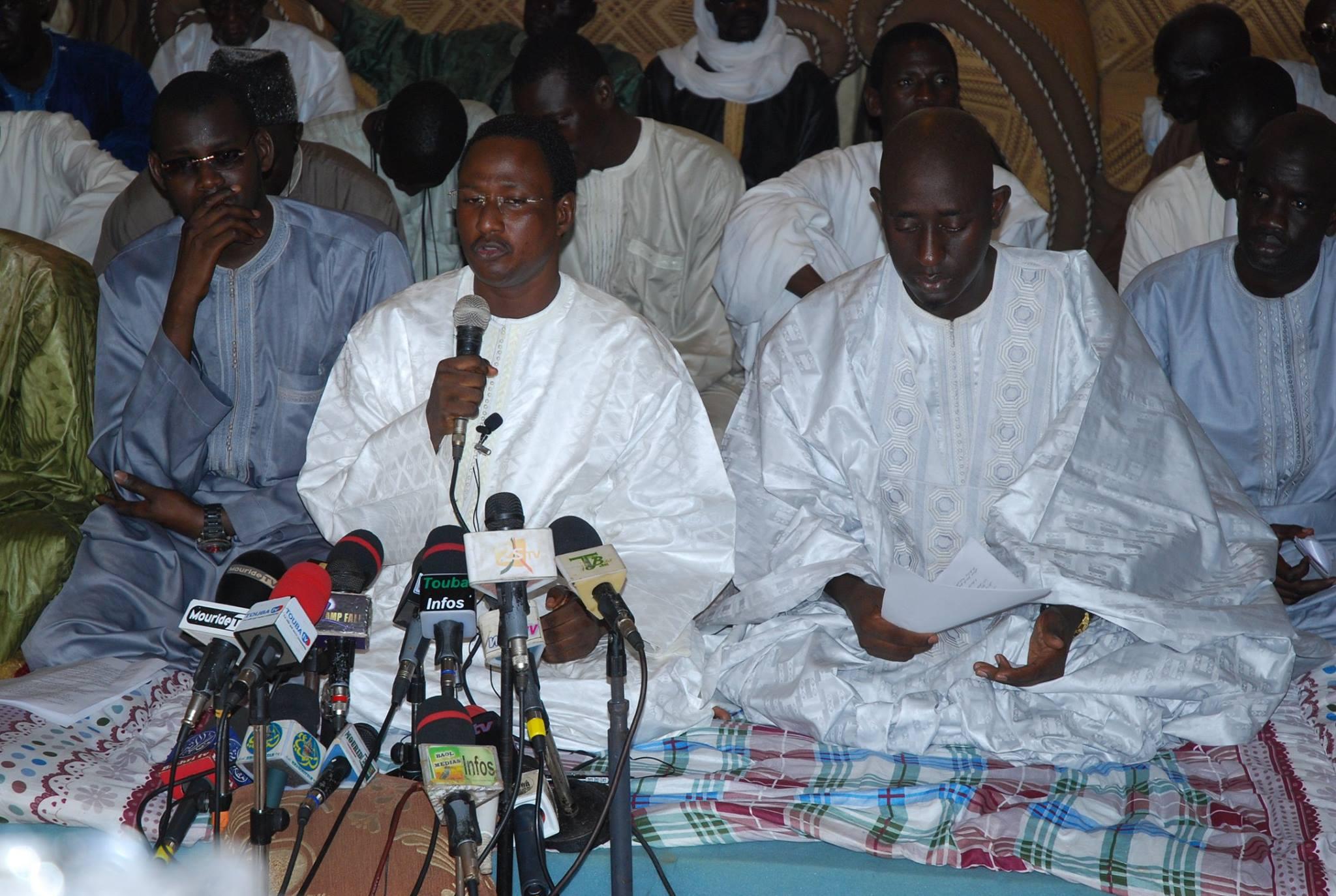 Intronisation des femmes au titre de Cheikh : Les petits-fils de Serigne Touba en colère contre Cheikh Béthio