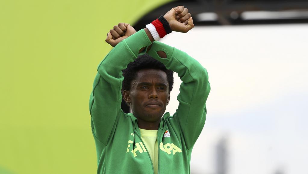La délégation éthiopienne revient des JO sans le marathonien Feyisa Lilesa