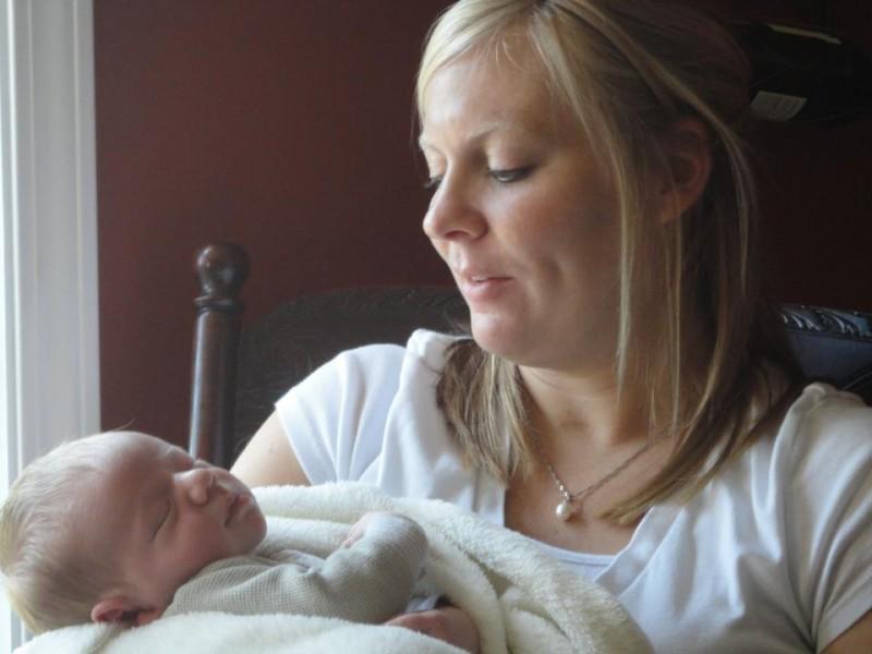 Une fille se réveille du coma 5 semaines après son enterrement