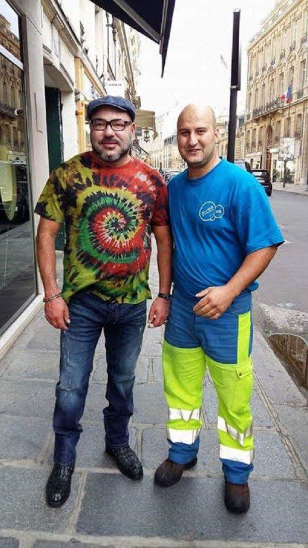 """Le """"look"""" incroyable du Roi Mohammed VI en balade dans les rues de Paris"""
