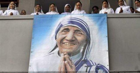 Mère Teresa sera canonisée ce dimanche par le pape