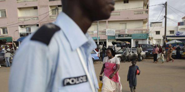 Tentative de corruption : Un policier traîne trois dames devant le juge