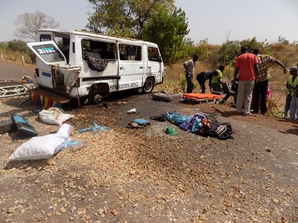 Un accident à Ngaye Mékhé fait un mort et plusieurs blessés